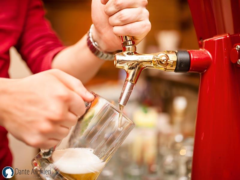 Guida per Barman: come servire la Birra